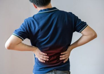 Middle Back Muscle Pain: Symptoms Causes And Treatment
