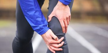 Pain in back of knee when bending Causes and treatment hacks