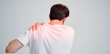 Back Pain Between Shoulder Blades: How To Diagnose And How To Treat